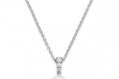 Mikimoto-pearl-pendant-on-a-sterling-silver-chain
